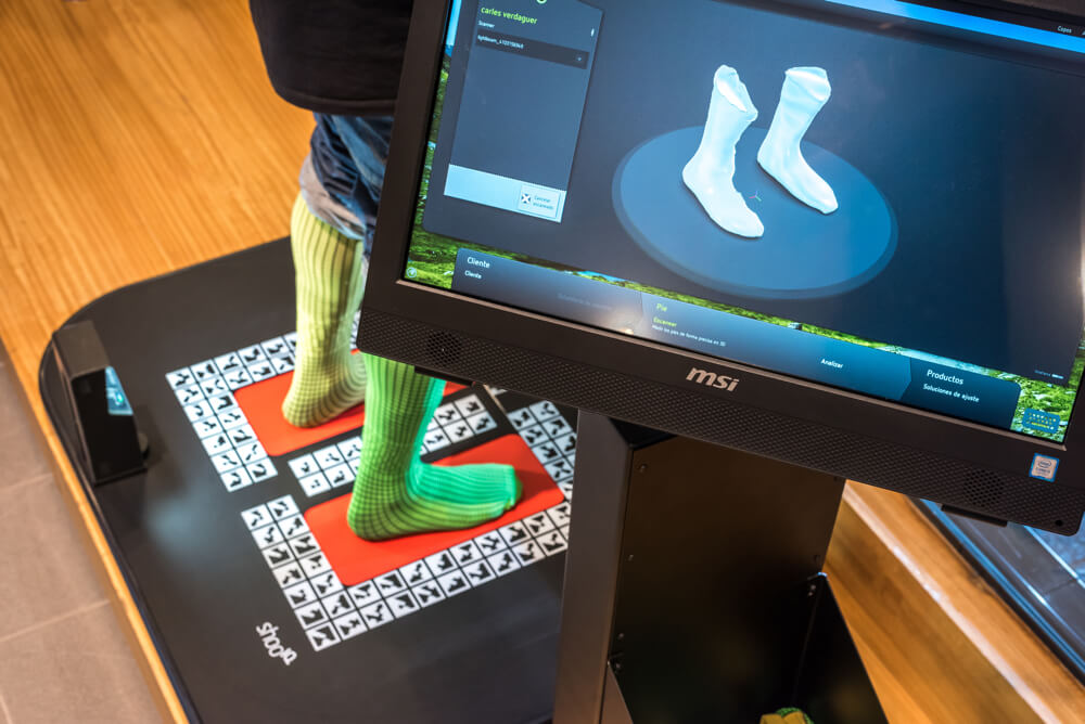 """""""3D model of your feet for feet like a glove boot"""""""
